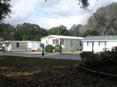 Mobile Home at 11616 Canterbury Dr.  Tampa, FL 33604