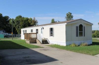 Mobile Home at 4041 Hummingbird Lane Hiawatha, IA 52233