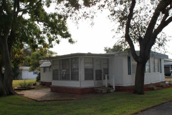 Senior Retirement Living 1974 Fleetwood Mobile Home For