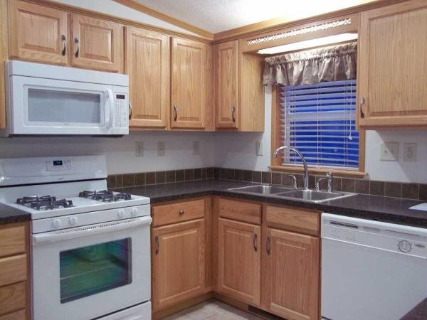 Senior retirement living pine grove homes manufactured for Kitchen cabinets 08234