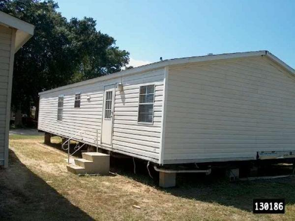 ShowHomePhoto Mobile With Fleetwood Homes on 1996 pioneer mobile home, double wide log mobile home, 2000 franklin mobile home, 2000 skyline mobile home,