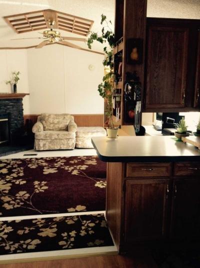 Breakfast Bar - Living Room