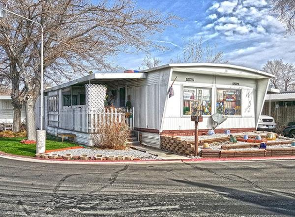 Senior retirement living 1966 manufactured home for sale for Affordable furniture reno nv