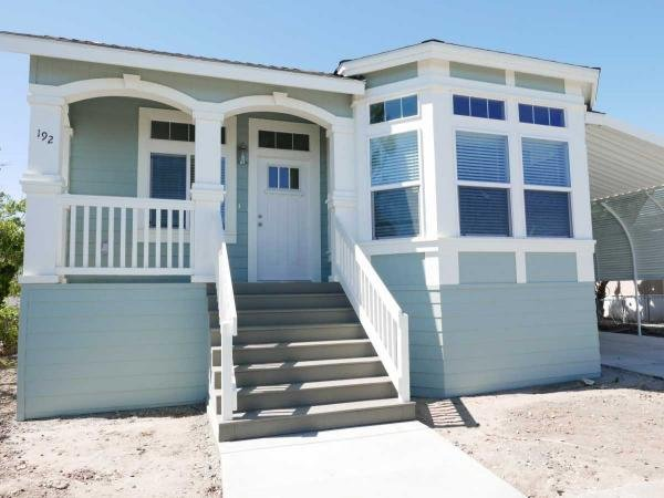 2016 GoldenWest  GLE528F Manufactured Home