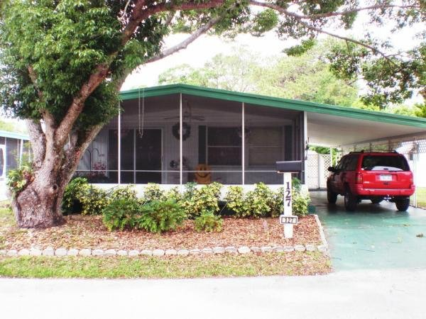 Senior Retirement Living 1973 Hillcrest Mobile Home For