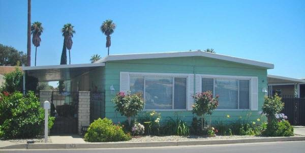 senior retirement living 1973 sheraton manor mobile home for sale in bakersfield ca. Black Bedroom Furniture Sets. Home Design Ideas