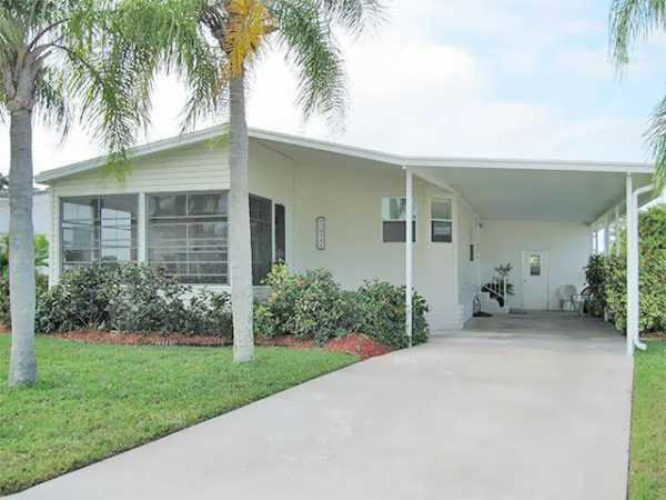 1993 Palm Harbor Manufactured Home