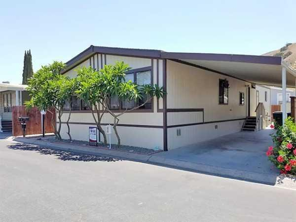 1990 09248 GOLDEN WEST CH562A4 Manufactured Home