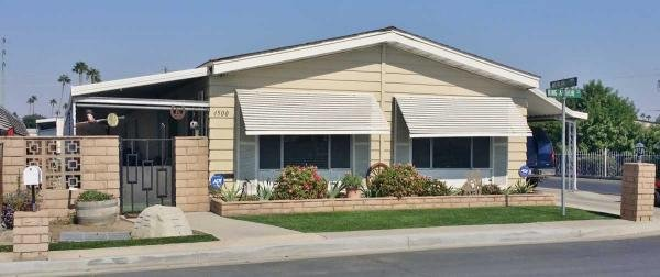 senior retirement living 1980 ramada manufactured home for sale in bakersfield ca. Black Bedroom Furniture Sets. Home Design Ideas