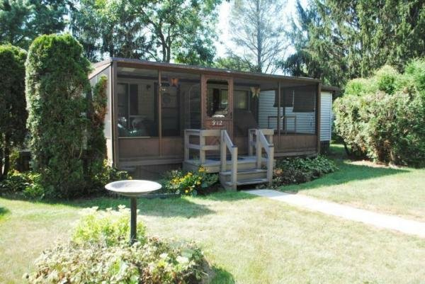 Senior Retirement Living 1986 Titan Mobile Home For Sale In Lancaster PA