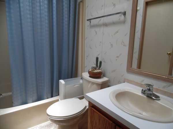 Senior retirement living 1991 palm mobile home for sale for Bathroom remodel zephyrhills