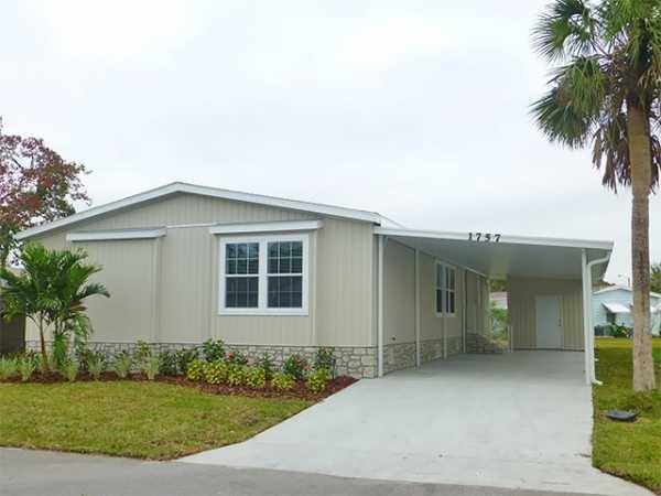 2017 Skyline Silver Springs Premier - 5329 Manufactured Home