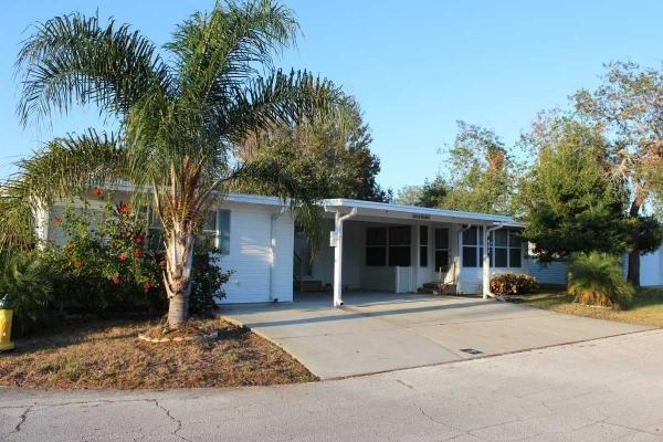 Senior retirement living 1996 palm harbor modular home for Edgewater retirement home