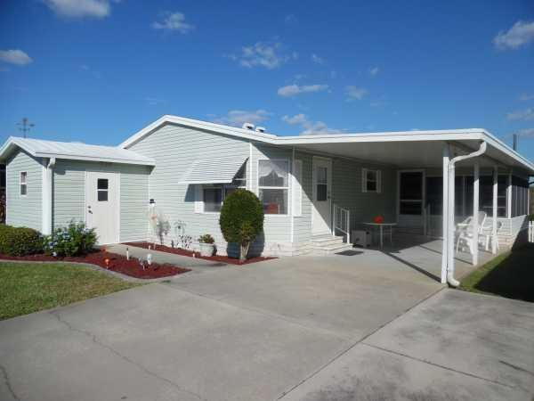 senior retirement living 1998 wood mobile home for sale