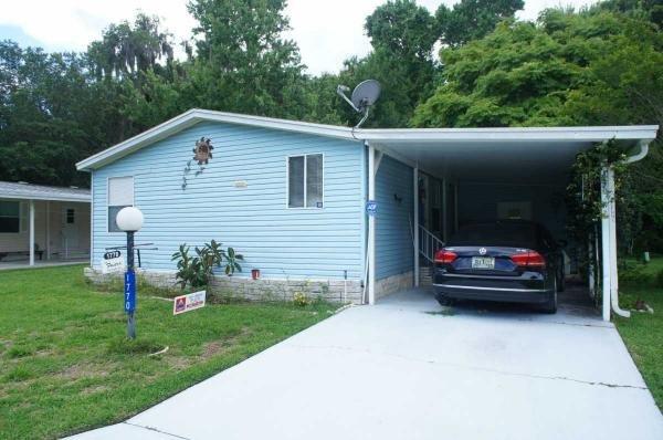 Senior retirement living 1994 fleetwood24 mobile home for Edgewater retirement home