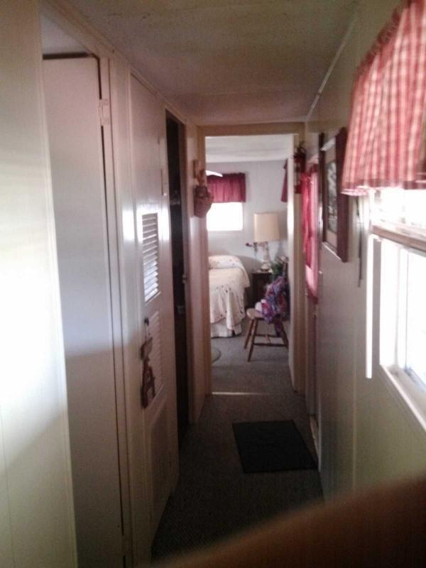 Senior Retirement Living 1972 Richardson Mobile Home For