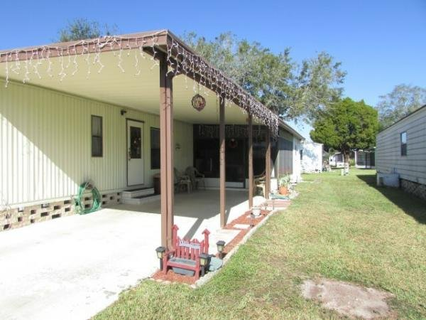 zephyrhills senior singles Pinecrest mobile home park is a 55 and older adult community located in zephyrhills, florida we welcome our nothern friends and love our seasonal residents.