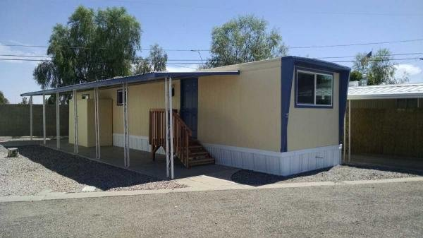 Senior retirement living 1966 vicer mobile home for sale for Mobile homes under 500 sq ft