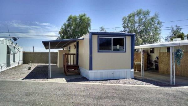 Senior retirement living 1966 vicer mobile home for sale for Mobile homes under 500 sq ft