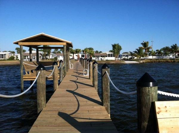 Senior retirement living palm harbor buena vista for Vero beach fishing pier