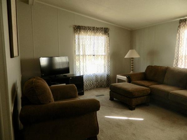 Senior retirement living 1986 capri mobile home for sale for 12x15 living room