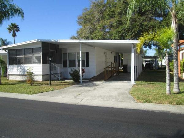 Senior retirement living 1980 harbor house mobile home for Handicap accessible mobile homes for sale