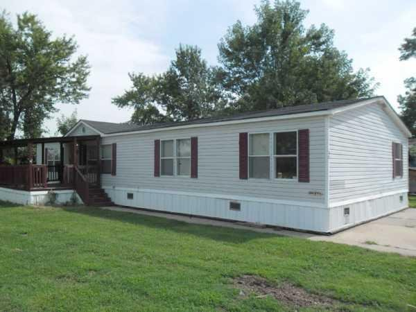 Senior Retirement Living 1998 Southern Mobile Home For