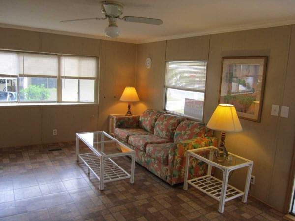 Senior retirement living 1975 manufactured home for sale for Living room of satoshi tax
