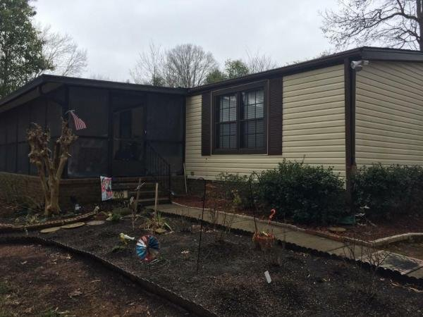 Senior Retirement Living 1984 Spri Mobile Home For Sale In Charlotte NC