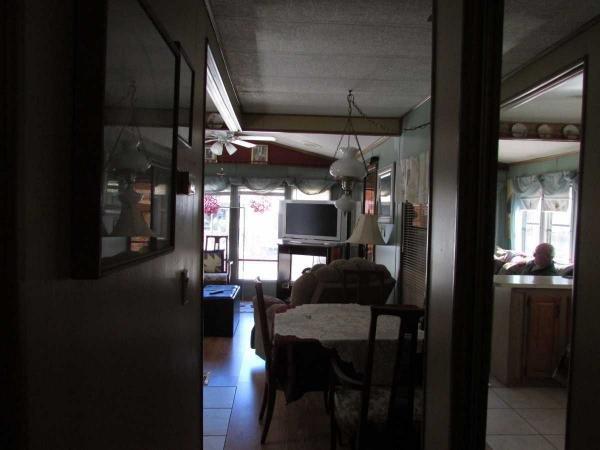 Senior Retirement Living 1986 Rave Pt Mobile Home For