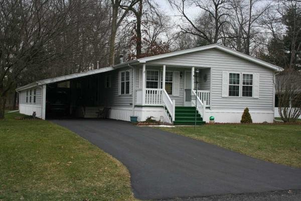 Senior Retirement Living 1993 Victorian Mobile Home For