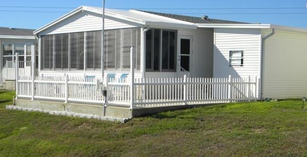 Senior Retirement Living 2000 Palm Harbor Homes Mobile