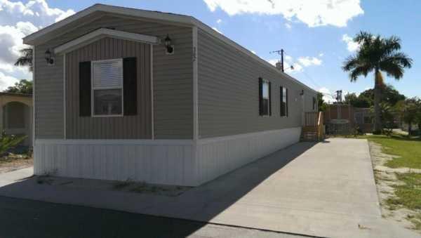 Senior Retirement Living 2017 Clayton Mobile Home For Sale In Kissimmee Fl