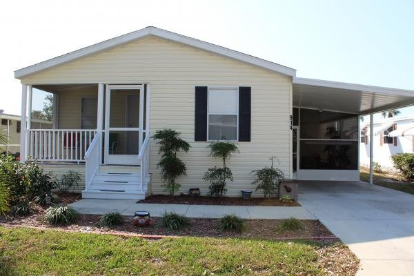 2013 WOW!  Like New!  Furnished Too! Mobile Home
