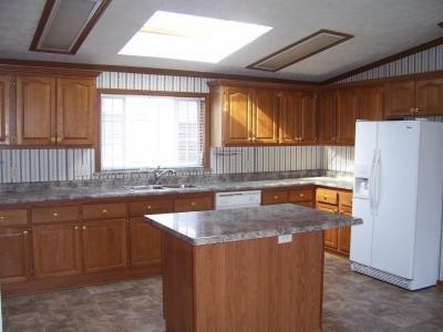 Mobile Home at 46101 S I-94 Service drive Belleville, MI