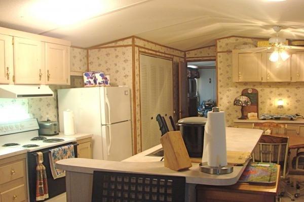 senior retirement living 1993 fleetwood mobile home for