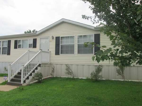 Senior Retirement Living 2006 Clayton TRH28523A Mobile Home For Sale In Cha