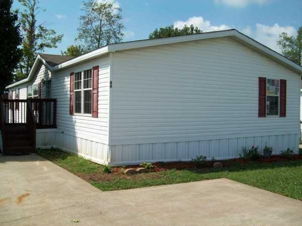 Senior Retirement Living 2005 Cla Mobile Home For Sale In Clarksville Tn