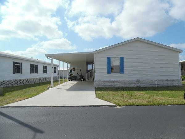 Senior retirement living 2004 spring mobile home for for Home furniture zephyrhills fl