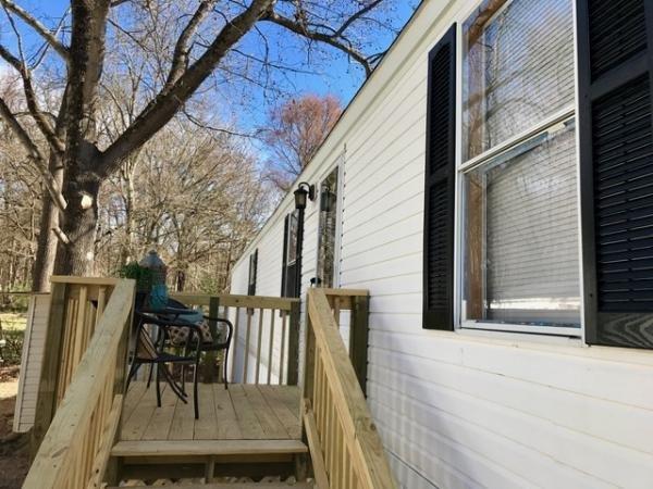 Senior Retirement Living 1997 Oakwood Mobile Home For Sale In Charlotte NC