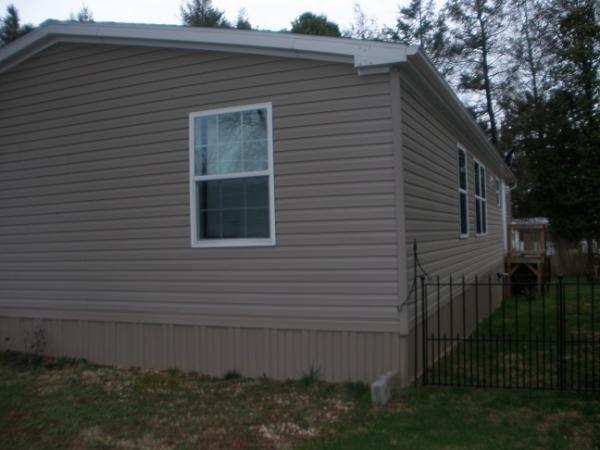 Senior Retirement Living 2014 Champion Mobile Home For Sale In Lancaster PA