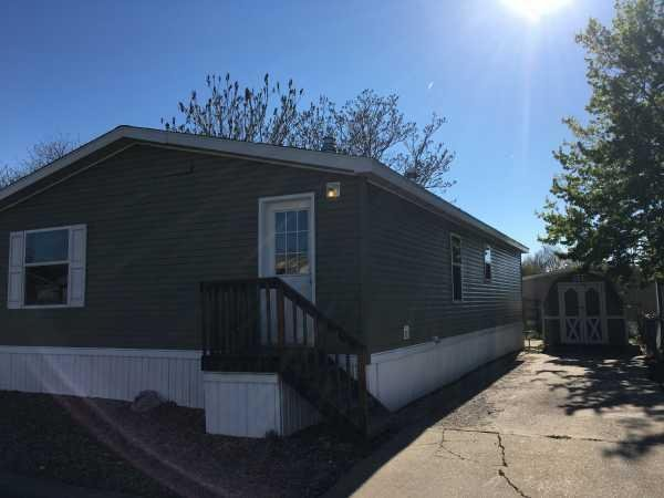 Senior Retirement Living 2011 Skyline Breckenridge Mobile Home For Sale In