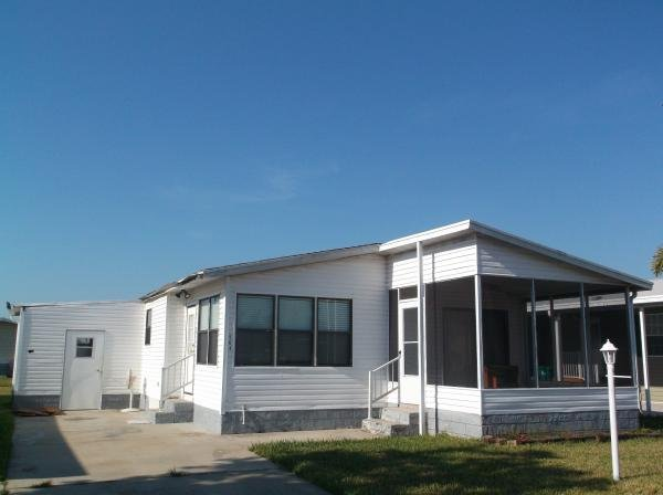 senior retirement living 1990 fleetwood manufactured home for sale in melbourne fl