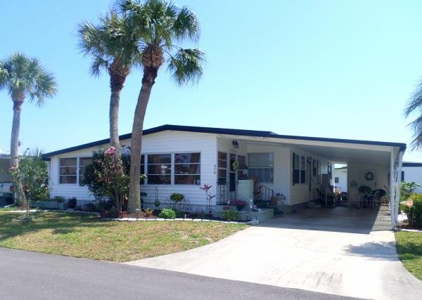 1973 BEAUTIFUL SUNLIT HOME! Mobile Home