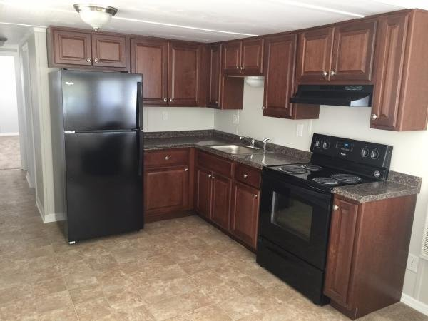 Senior retirement living 1965 mobile home for sale in for Kitchen cabinets zephyrhills fl