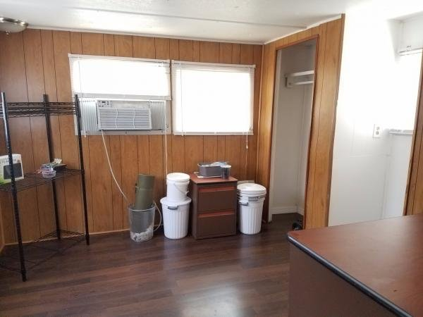 Senior Retirement Living 1967 Cape Hs Mobile Home For