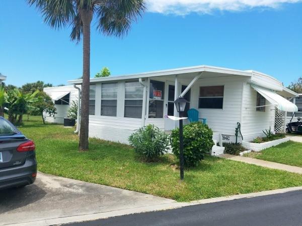 senior retirement living 1977 broadmore mobile home for