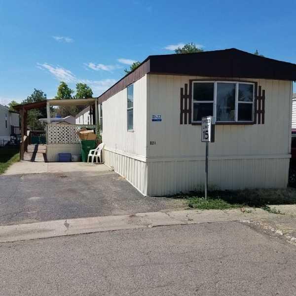 Senior Retirement Living 1984 Hunington Mobile Home For Sale In Aurora CO
