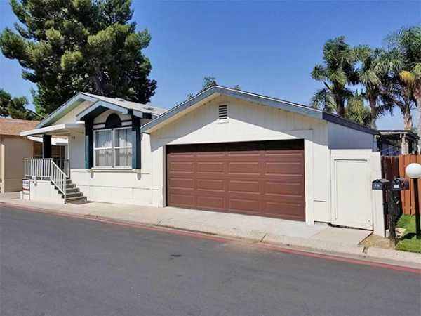1999 Golden West 7501SV56002A Manufactured Home