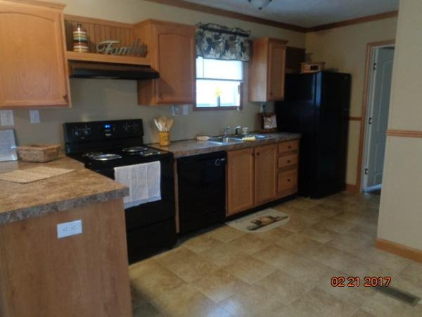 Mobile Home at 7 Vicksburg Dr, West Chester, OH